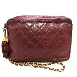 CHANEL Bordeaux Quilted Chain Bag Rare